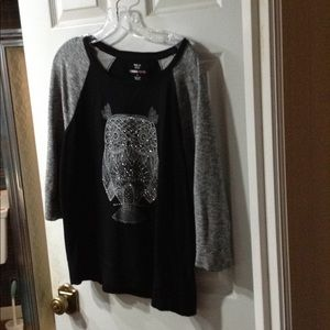 Style & Co Tops - Ladies light sweatshirt like new